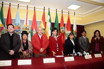 Doria Medina pide al nuevo TSE que procese a ex vocales de ese organismo