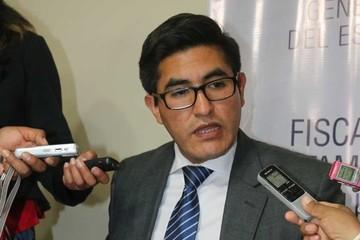 Fiscalía indaga actuación de ex fiscal Fedor Dorado