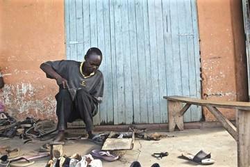 Obama visita Kenia, la tierra de sus ancestros