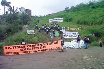 Colombia abre el horror en histórica exhumación