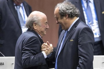 """Platini anunciará esta semana su candidatura a la FIFA, según """"L'Équipe"""""""