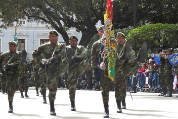 6.000 militares llegan a Sucre para la Parada  Militar de este viernes