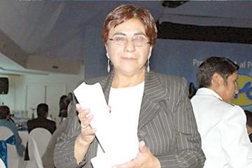 Amalia Pando deja Erbol y denuncia presiones del Gobierno