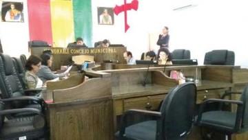 Alcalde no asiste otra vez a petición de informe oral