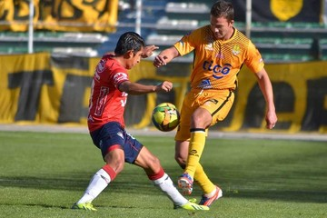 Wilstermann recibe hoy a Blooming por la primera final