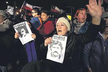 Incineran restos de represor de la dictadura de Pinochet
