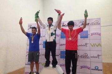 Raquet: Sucre en el podio
