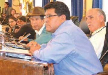 Comisión legislativa analiza 24 juicios de responsabilidades