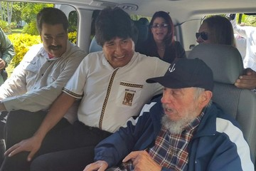 """Fidel Castro enfatiza que """"nunca dejaremos de luchar por la paz y la igualdad"""""""