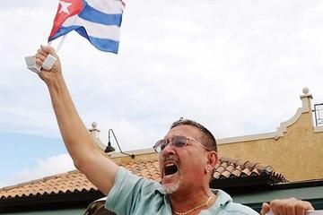 Médicos cubanos piden visa para llegar a EEUU