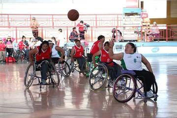 Torneo en silla de ruedas  ingresa a la recta final