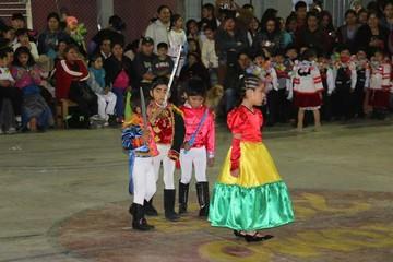 Noche de color y mucha alegría en el kínder Nazareno