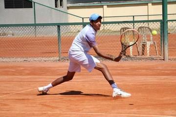 Sucre domina en tenis G2
