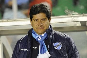 Ortega anuncia que Villegas será el nuevo DT de Bolivia