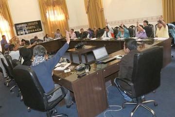 MAS aprueba resignado el POA 2016 de Urquizu