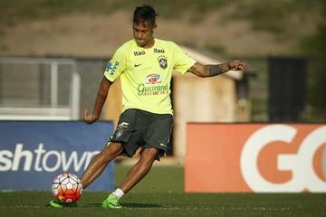 Con Neymar en duda, Brasil se enfrenta a Costa Rica