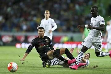 Francia derrota a Portugal