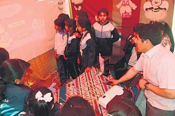 Unidades educativas se actualizan en TICs
