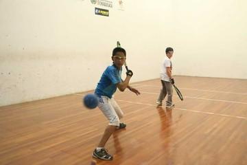 Raquetbol define a los mejores del campeonato local