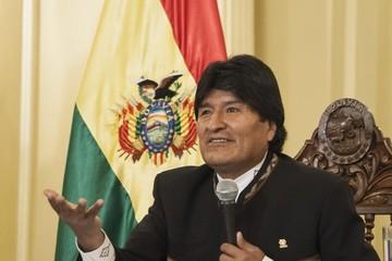 Morales dice que inversión en Bolivia compensa la momentánea baja del precio del petróleo