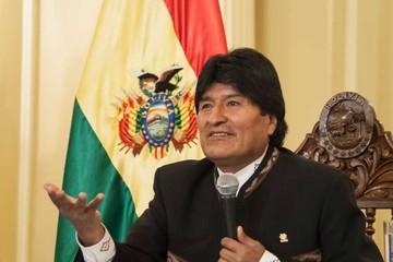 """Evo pide no temerle """"al pueblo"""" por la reelección"""