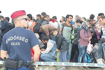 Reino Unido acepta a refugiados que siguen llegando a Hungría