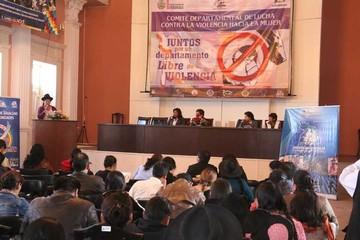 Mujer: Conforman comité contra la violencia