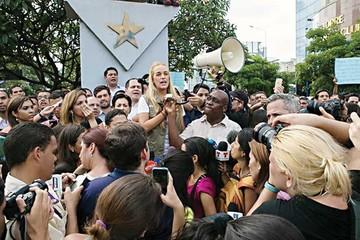 Leopoldo López pide no rendirse y llama a una manifestación