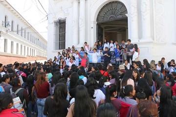 Estudiantes de Bioquímica piden atención a demandas