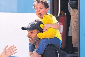 Refugiados colapsan Croacia y son devueltos hacia Hungría