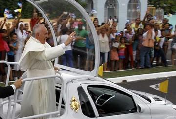 Papa alienta a mejorar vínculo de Cuba y EE.UU.