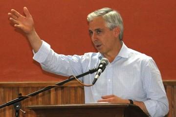 García Linera propugna el servicio público