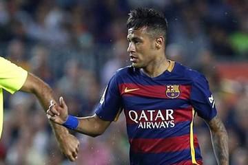 Embargan bienes  de Neymar por supuesta evasión
