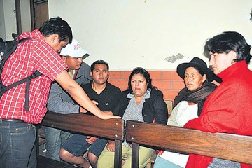 Denuncian retardación en juicio por el 24 de Mayo