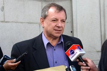 """Presidente del Senado dice que """"ultraconservadores"""" en Chile impiden el diálogo"""