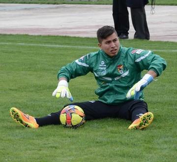 Arquero Quiñónez fue infiltrado en la Selección