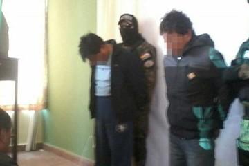 La Paz: Arrestan a ladrones que se vestían de policías