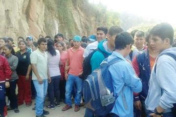 Monteagudo cumple cuarto día de bloqueo y no llega el diálogo