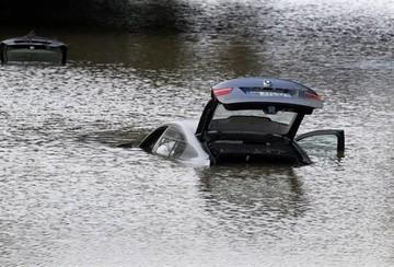 Francia: Tormenta deja al menos 17 fallecidos