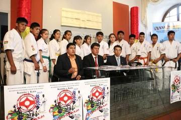Bolivia sueña con el podio Sudamericano