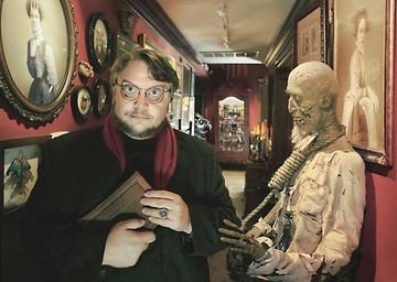 Guillermo del Toro: Quería recuperar el romance gótico