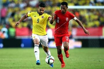 Colombia derrota a Perú