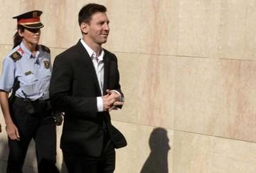 Juez pide prisión para Messi por delitos fiscales