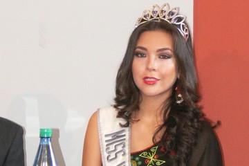 Adriana Delgadillo ya está en Tailandia para competir en Miss Grand Internacional 2015