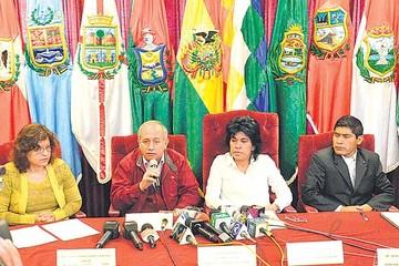 Referéndum: TSE cambia pregunta y el MAS critica