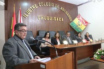 Colegio de Abogados distingue a sus afiliados