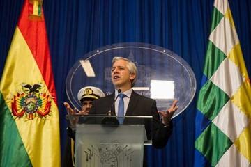Bolivia accede a millonario crédito y aumenta su deuda