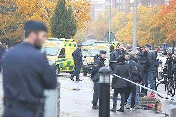Suecia: Tres muertos en el ataque a una escuela
