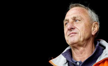 Detectan cáncer a Cruyff