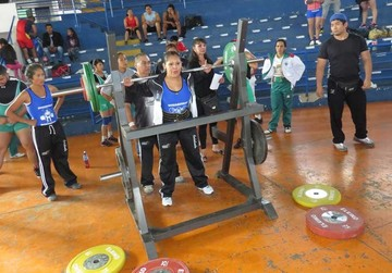 Sucre evalúa a sus atletas para  torneo de potencia